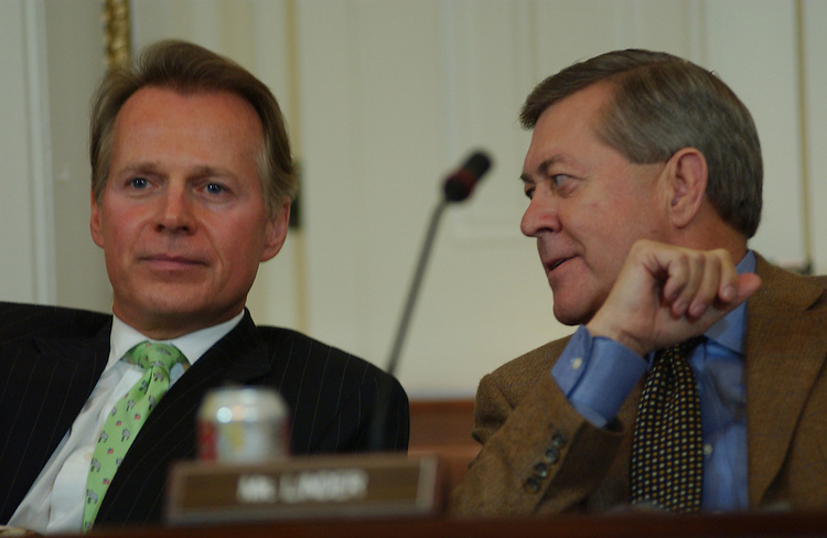 9/28/04.HOUSE RULES--Chairman David Dreier, R-Calif., and Vice Chairman John Linder, R-Ga., before the House Rules Committee meeting considering rules for floor debate for the District of Columbia Personal Protection Act and the Federal Marriage Amendment..CONGRESSIONAL QUARTERLY PHOTO BY SCOTT J. FERRELL