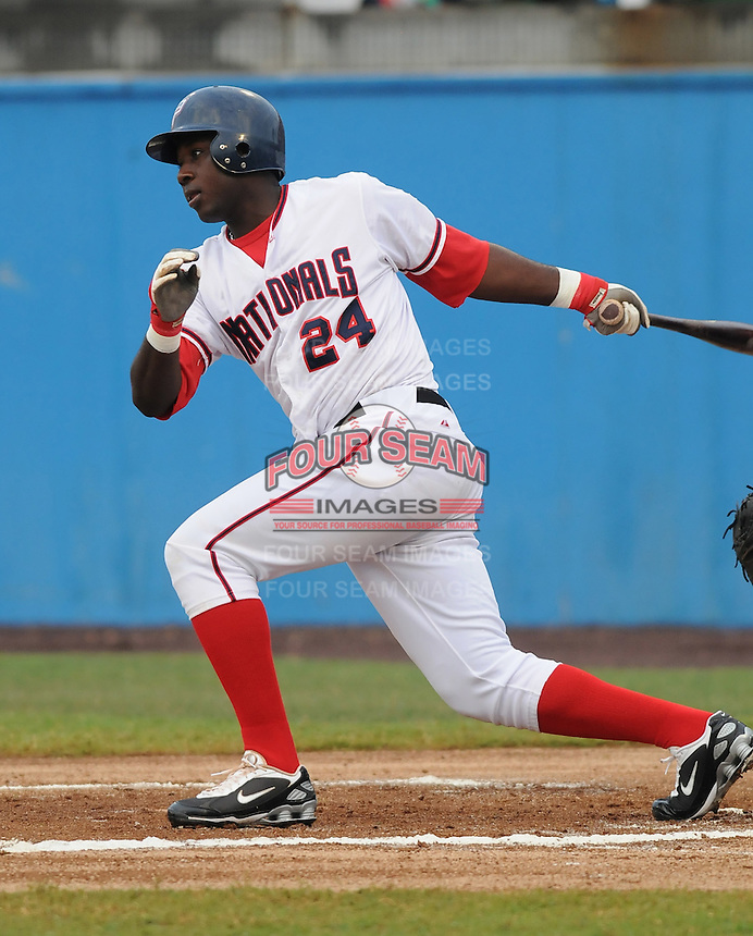 July 17, 2009: Outfielder Jesus Valzez (24) of the Potomac Nationals, Carolina League affiliate of the Washington Nationals, in a game against the Kinston Indians at G. Richard Pfitzner Stadium in Woodbridge, Va. Photo by: Tom Priddy/Four Seam Images