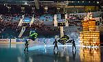 Stockholm 2014-12-01 Ishockey Hockeyallsvenskan AIK - S&ouml;dert&auml;lje SK :  <br /> Vy &ouml;ver Hovet n&auml;r AIK:s spelare g&ouml;r entr&eacute; p&aring; isen inf&ouml;r publik och tomma stolar p&aring; l&auml;ktarna under matchen mellan AIK och S&ouml;dert&auml;lje SK <br /> (Foto: Kenta J&ouml;nsson) Nyckelord:  AIK Gnaget Hockeyallsvenskan Allsvenskan Hovet Johanneshov Isstadion S&ouml;dert&auml;lje SSK supporter fans publik supporters inomhus interi&ouml;r interior intro