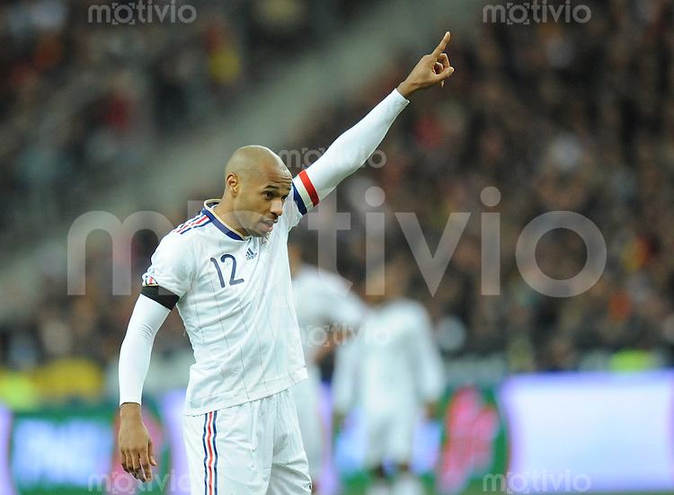 Fussball International Testspiel 03.03.2010 Frankreich - Spanien  Thierry Henry (FRA) gibt die Richtung vor