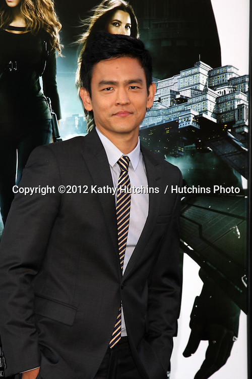 "LOS ANGELES - AUG 1:  John Cho arrives at the ""Total Recall"" Premiere at Graumans Chinese Theater on August 1, 2012 in Los Angeles, CA"