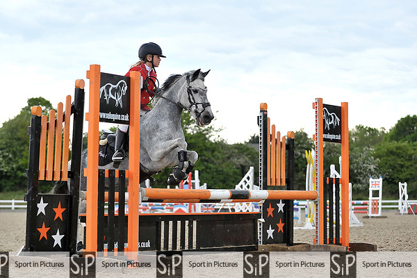 Class 6. 128-138 handicap. British Showjumping (BS) Juniors. Brook Farm training centre. Stapleford Abbotts. Essex. 13/05/2017. MANDATORY Credit Garry Bowden/Sportinpictures - NO UNAUTHORISED USE - 07837 394578