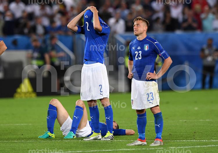 FUSSBALL EURO 2016 VIERTELFINALE IN BORDEAUX Deutschland - Italien      02.07.2016 Mattia De Scoglio und Emanuele Giaccherini (v.l., alle Italien)