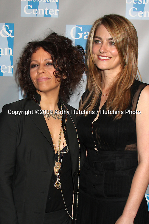 """Linda Perry & girlfriend Clementine Ford   arriving at the Gay & Lesbian Center """"An Evening With Women"""" Gala at the Beverly Hilton Hotel in Beverly Hills, California on April 24, 2009.©2009 Kathy Hutchins / Hutchins Photo....                ."""