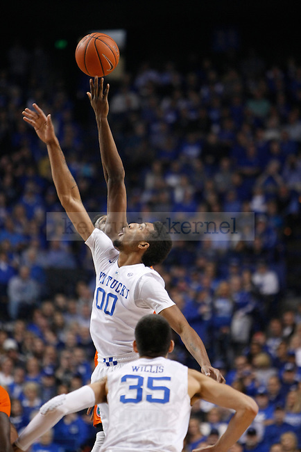 UK forward Marcus Lee (00) wins the tipoff at the start of the UK Men's Basketball vs. Florida Gators game at Rupp Arena. Saturday, February 6, 2016 in Lexington, Ky. UK defeated Florida 80 - 61