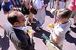HISTOIRES CACHÉES <br /> Conception : Karin Holmström, Dion Doulis, Erika Latta<br /> Mise en scène / sound design : Erika Latta<br /> Comédiens :<br /> Dion Doulis<br /> Hervé Cristianini<br /> Karin Holmström<br /> Philippe Laliard<br /> Nolwenn Moreau<br /> Système diffusion son : Fabrice Gallis assisté de Philippe Laliard<br /> Musique originale : Peter G. Holmström<br /> Musiciens (enregistrés) :<br /> Benoît Campens<br /> Philippe Laliard<br /> Nolwenn Moreau<br /> Sébastien Smither<br /> Texte : création collective avec extraits de Manière de Joël Bastard (© Editions Gallimard)<br /> Le 26/05/2012<br /> Ville : Thorigny sur Marne<br /> Cadre : Festival Printemps de paroles<br /> © Laurent Paillier / photosdedanse.com