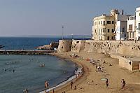- Puglia, Gallipoli, la spiaggia sotto la citt&agrave; vecchia<br /> <br /> - Apulia, Gallipoli, the beach under the ancient city