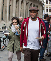 Ben Harper enjoys belgian waffles in Brussels - Belgium - Exclusive