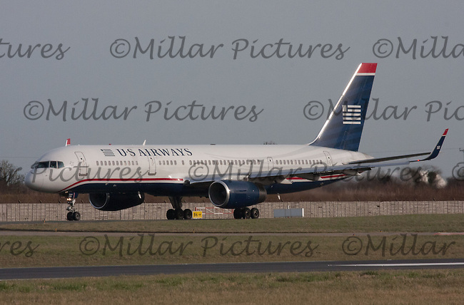 A US Airways Boeing 757-2B7 Registration N206UW taxiing at Dublin Airport on 8.2.11.