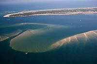 TEurope/France/Aquitaine/33/Gironde/Bassin d'Arcachon: les Bancs d'Arguin et du tourlinguet et en fond la Pointe du Cap Ferret - Vue Aérienne