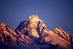 WY: Grand Teton National Park, Wyoming; dawn, winter     .Photo Copyright: Lee Foster, lee@fostertravel.com, www.fostertravel.com, (510) 549-2202.Image: wygran202