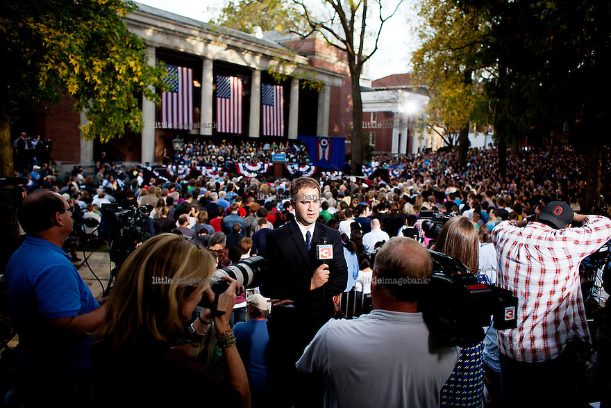 Athens, Ohio, 17.10.2012. Barack Obama is visiting Athens in Ohio for an election rally. Obama is keeping himself busy the last weeks remaining before the november 6th elections. Photo: Christopher Olssøn.