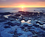 USA, California, San Diego.   Sunset Cliffs Tide pools on the Pacific Ocean at Sunset.