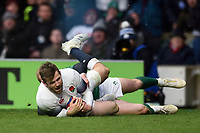 Elliot Daly of England scores a try in the first half. Natwest 6 Nations match between England and Ireland on March 17, 2018 at Twickenham Stadium in London, England. Photo by: Patrick Khachfe / Onside Images