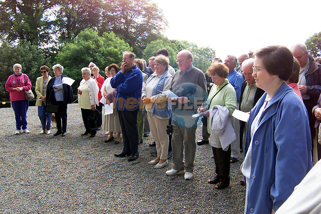 Visitors at Kilsharvan House as part of the Meath archaeological/Historical Societys visit to Kilsharvan Cemetery..Picture: Paul Mohan/Newsfile