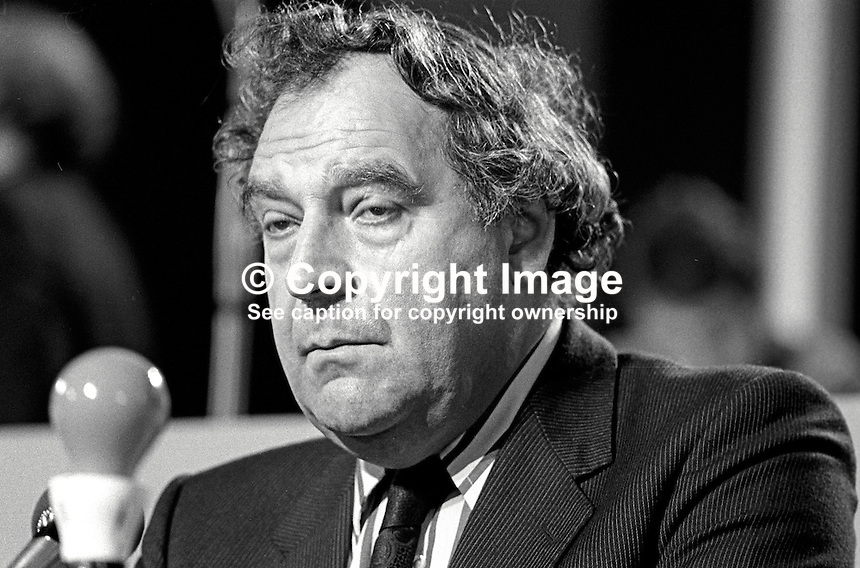 Bryan Stanley, general secretary, Post Office Engineering Union, UK, addressing annual conference of the Labour Party. 1980090000406BS.<br />