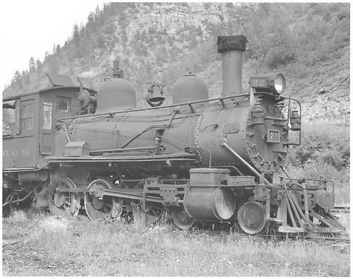 RGS 4-6-0 #22 in Brown.<br /> RGS  Brown, CO  Taken by Lunoe, Bob - 8/21/1941
