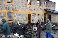 incendio producido por un cortocircuito provocado por el ciclon.<br /> Una casa en Mourence en Vilalba Lugo. <br /> Acabo con la vida de Santiago Carreira Roca de 82 A&ntilde;os ( todavia sin aparecer ) y con sus animales 2 vacas y dos becerros.<br /> El incendio se produjo sobre las 9 de la noche.<br /> fecha: 24-01-2009<br /> foto: &copy; eliseo trigo