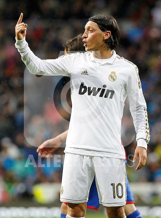 Real Madrid's Mesut Ozil during La Liga match.April 14,2012. (ALTERPHOTOS/Acero)