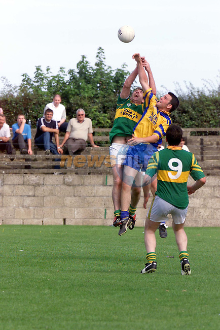 action durin the lampost Construction Senior Football Championship Q/Final..Photo Fran Caffrey/Newsfile.ie..This picture has been sent to you by:.Newsfile Ltd,.3 The View,.Millmount Abbey,.Drogheda,.Co Meath..Ireland..Tel: +353-41-9871240.Fax: +353-41-9871260.GSM: +353-86-2500958.ISDN: +353-41-9871010.IP: 193.120.102.198.www.newsfile.ie..email: pictures@newsfile.ie..This picture has been sent by Fran Caffrey.francaffrey@newsfile.ie