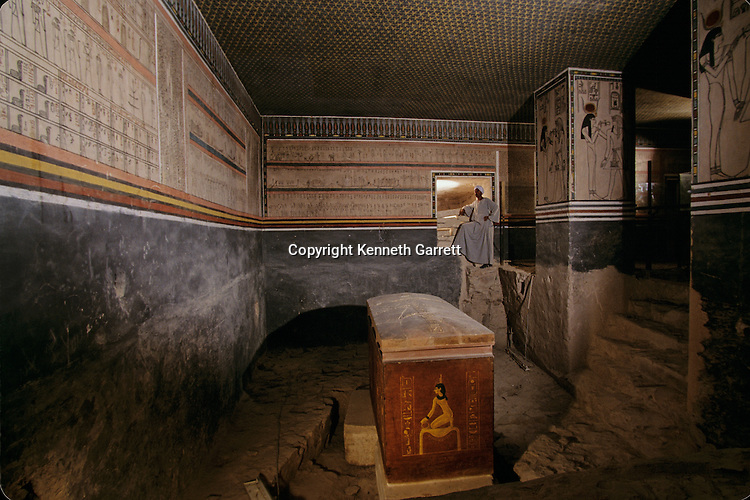 Tomb of Amenhotep II containing quarzite sarcophagus; Valley of the Kings, Tutankhamun and the Golden Age of the Pharaohs, Page 122-123
