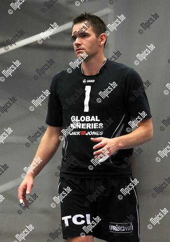 2010-09-30 / Volleybal / seizoen 2010-2011 / Kapellen / MOL Bram..Foto: Mpics