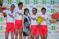 INLINE-SKATEN: STEENWIJK: Gagelsweg (start/finish), Schansweg, Meppelerweg, KPN Inline Cup, Klim van Steenwijk, 02-05-2012, Team Habovo, Jouke Hoogeveen (#62), Niels Mesu (#77), Elisa Knol (Miss Musculus), Roy Boeve (#25), Erwin Mesu (#9), ©foto Martin de Jong