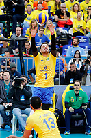 CURITIBA,PR, - 07.07.2017 – BRASIL-EUA -  Partida entre Brasil (amerelo) e EUA (azul), jogo válido pela liga mundial de vôlei no estádio Arena da Baixada, em Curitiba nesta sexta-feira (07).(Foto: Paulo Lisboa/Brazil Photo Press)