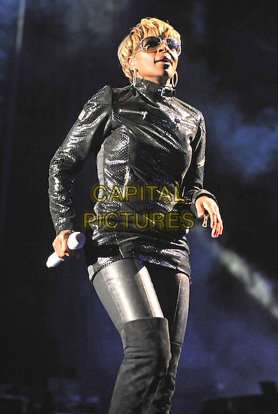 MARY J. BLIGE .performs at the Time Warner Cable Music Pavilion, Raleigh, North Carolina, USA, 21st September 2008..half length live music hip hop in concert gig on stage performing black leather jacket trousers pants over the knee boots 3/4 sunglasses .CAP/ADM/MOO.©Moose/Admedia/Capital Pictures