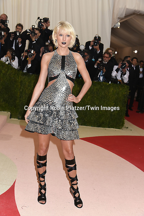 Taylor Swift attends the Metropolitan Museum of Art Costume Institute Benefit Gala on May 2, 2016 in New York, New York, USA. The show is Manus x Machina: Fashion in an Age of Technology. <br /> <br /> photo by Robin Platzer/Twin Images<br />  <br /> phone number 212-935-0770