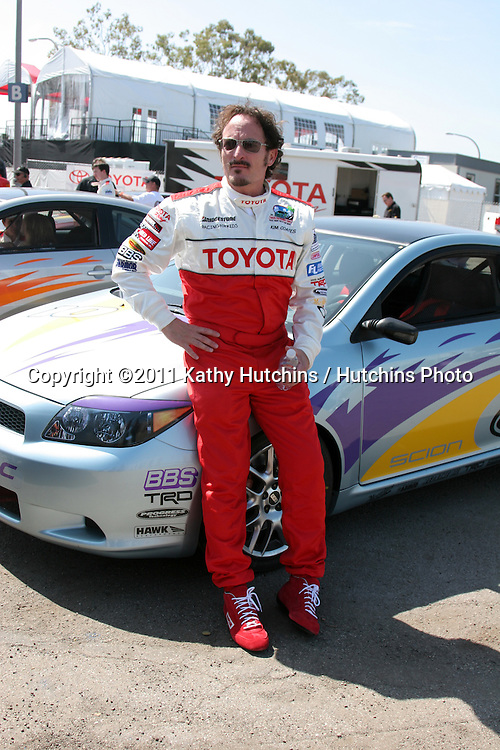 DLOS ANGELES - APR 5:  Kim Coates at the Toyoto Pro/Celeb Race Press Day 2011 at Long Beach Grand Prix Toyota Compound on April 5, 2011 in Long Beach, CA