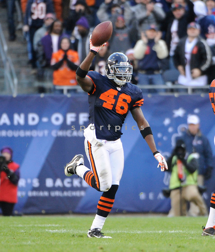 CHRIS HARRIS, of the Chicago Bears, in action  during the Bears game against the Minnesota Vikings on November 14, 2010 at Soldier Field in Chicago, IL...Bears won 27-13..