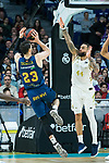Tornike Shengelia shoots against Jeffrey Taylor during Real Madrid vs Kirolbet Baskonia game of Liga Endesa. 19 January 2020. (Alterphotos/Francis Gonzalez)