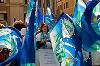 Roma 3 Novembre 2014<br /> Sciopero di 24 ore proclamato dagli infermieri aderenti al  sindacato NurSind contro i tagli alla sanit&agrave;, del Governo Renzi e manifestazione davanti al Parlamento. Negli ospedali sono garantiti soltanto i servizi d&rsquo;urgenza<br /> Rome November 3, 2014 <br /> 24-hour strike announced by the nurses participating in the syndicate NurSind against cuts to health care, of  the government Renzi and rally outside the Parliament. Hospitals are guaranteed only emergency services.