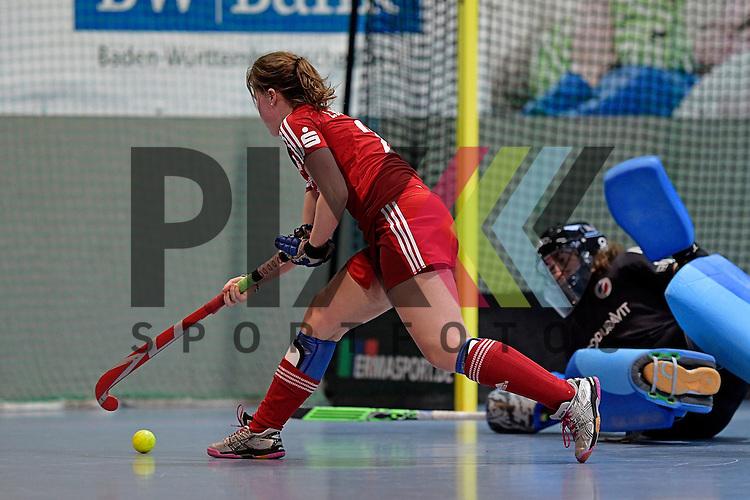 GER - Mannheim, Germany, December 19: During the 1. Bundesliga Sued Damen indoor hockey match between Mannheimer HC (blue) and Nuernberger HTC (red) on December 19, 2015 at Irma-Roechling-Halle in Mannheim, Germany. Final score 8-2 (HT 3-2).  I. Borgmann #26 of Nuernberger HTC, Lisa Schneider of Mannheimer HC<br /> <br /> Foto &copy; PIX-Sportfotos *** Foto ist honorarpflichtig! *** Auf Anfrage in hoeherer Qualitaet/Aufloesung. Belegexemplar erbeten. Veroeffentlichung ausschliesslich fuer journalistisch-publizistische Zwecke. For editorial use only.