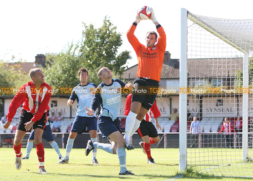 Dartford goalkeeper Andrew Young takes a fine catch from a corner to deny the Urchins - AFC Hornchurch vs Dartford - Ryman League Premier Division Football - 31/08/09 - MANDATORY CREDIT: Gavin Ellis/TGSPHOTO - Self billing applies where appropriate - Tel: 0845 094 6026