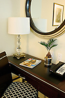 Srand Hotel New York, NY Desk.
