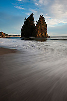 Sea stack and incoming tide, Rialto Beach, Olympic national park, Washington, USA