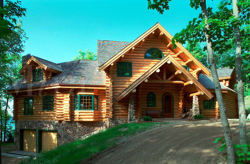 Exterior view of an Executive style log home.