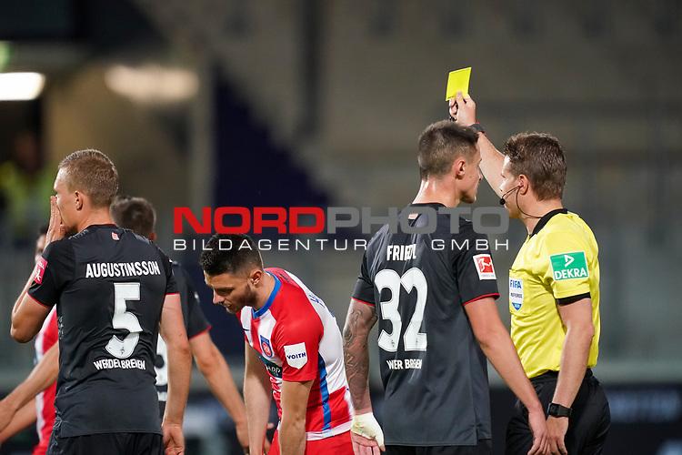 Dr. Felix Brych (SR) (Schiedsrichter / Referee), Ludwig Augustinsson (Werder Bremen #05), Marco Friedl (Werder Bremen #32)<br /> <br /> <br /> Sport: nphgm001: Fussball: 1. Bundesliga: Saison 19/20: Relegation 02; 1.FC Heidenheim vs SV Werder Bremen - 06.07.2020<br /> <br /> Foto: gumzmedia/nordphoto/POOL <br /> <br /> DFL regulations prohibit any use of photographs as image sequences and/or quasi-video.<br /> EDITORIAL USE ONLY<br /> National and international News-Agencies OUT.