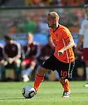 10 Wesley SNEIJDER during the 2010 World Cup Soccer match between Denmark and Nederland played at Soccer City Stadium in Johannesburg South Africa on 14 June 2010.  Photo: Gerhard Steenkamp/Clevia Media. Cell: +27 82 453 2345