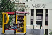 BOGOTÁ -COLOMBIA. Biblioteca al Parque y al fondo la Bibliteca nacional en el centro de la ciudad de Bogotá, Colombia./ Biblioteca al Parque and in the backround  the national Library in downtown Bogota, Colombia. Photo: VizzorImage/ Str