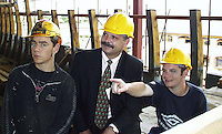 DUP leader David Irvine pictured with Keith Lally, Belfast and Danny McCann, Kildare during a visit to  the 'Jeannie Johnson' ship building year in Tralee ..Picture by Don MacMonagle