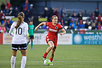 Portland, OR - Saturday, May 21, 2016: Portland Thorns FC midfielder Lindsey Horan (7). The Portland Thorns FC defeated the Washington Spirit 4-1 during a regular season National Women's Soccer League (NWSL) match at Providence Park.