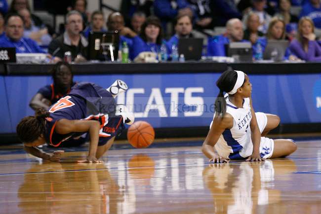 UK sophomore guard Bria Gross down after going after the ball against Auburn freshman guard Cedricka Sweeting during the second half of the UK Hoops vs. Auburn women's basketball game at Memorial Coliseum on Sunday, January 20, 2013, in Lexington, Ky. Photo by Kalyn Bradford | Staff