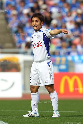 Tomoya Uchida (Ventforet), MAY 21st, 2011 - Football : 2011 J.LEAGUE Division 1 between Yokohama F. Marinos 4-0 Ventforet Kofu at Nissan Stadium, Kanagawa, Japan. (Photo by YUTAKA/AFLO SPORT) [1040].