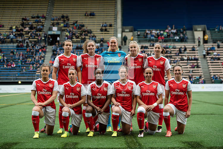Seattle, WA - Thursday, May 26, 2016: Arsenal Ladies FC Starting XI. The Seattle Reign FC of the National Women's Soccer League (NWSL) and the Arsenal Ladies FC of the Women's Super League (FA WSL) played to a 1-1 tie during an international friendly at Memorial Stadium.