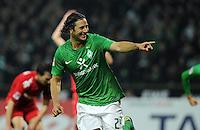 FUSSBALL   1. BUNDESLIGA   SAISON 2011/2012    12. SPIELTAG SV Werder Bremen - 1. FC Koeln                              05.11.2011 Claudio PIZARRO (beide Bremen) jubelt nach dem 3:2