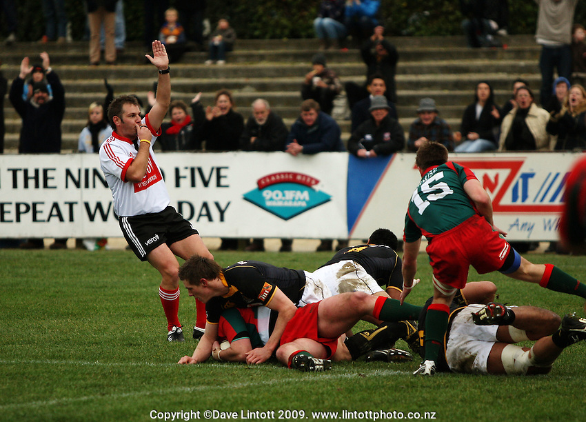 Referee Josh Noonan awards Bush number eight Duncan Law's try during the Ranfurly Shield rugby match between the Wellington Lions and Wairarapa Bush at Trust House Memorial Park, Masterton, New Zealand on Saturday, 2 July 2008. Photo: Dave Lintott / lintottphoto.co.nz