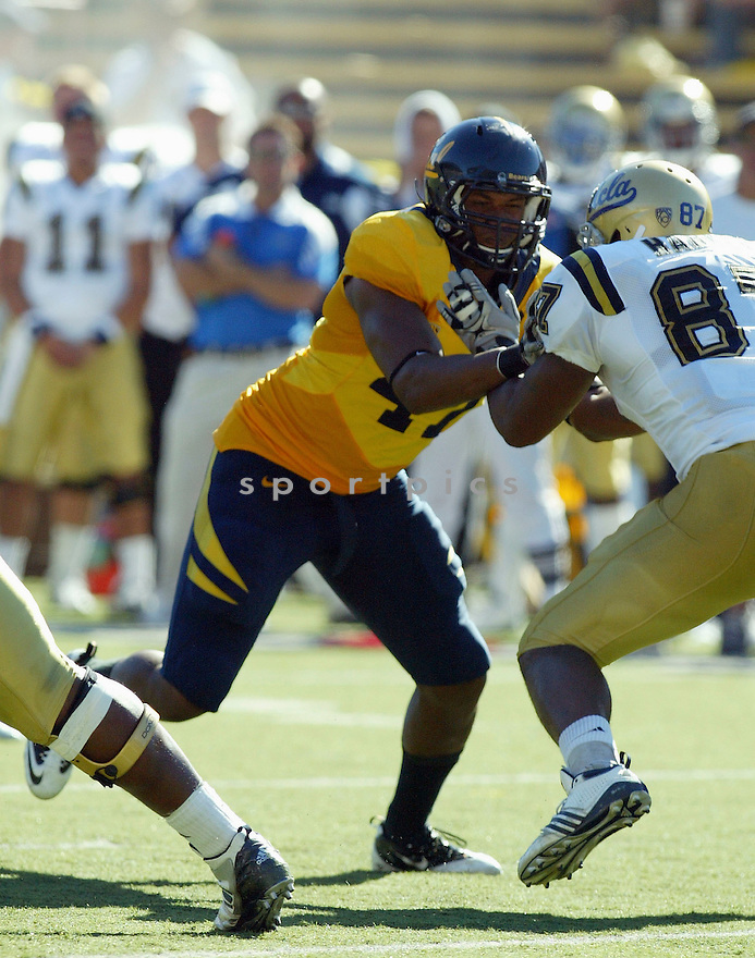 KEITH BROWNER, of the California Golden Bears, in action during the Golden Bears game against the UCLA Bruins at Memorial Stadium  on October 09, 2010  in Berkley, California...California  beats the UCLA 35-7